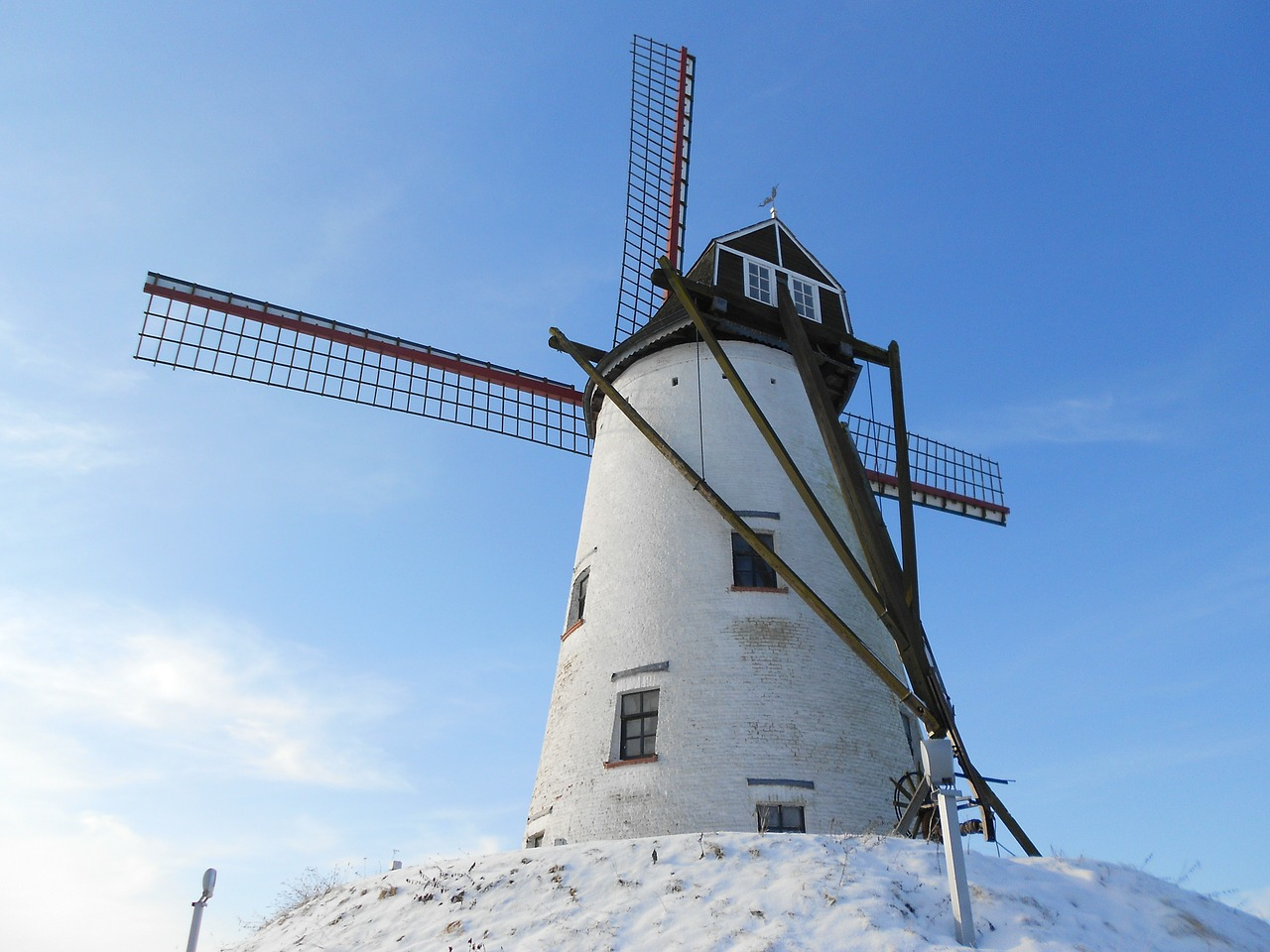 mill,damme,wind mill,free pictures, free photos, free images, royalty free, free illustrations, public domain