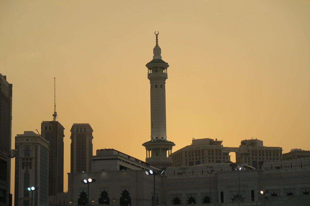 minaret  cami  mecca free photo