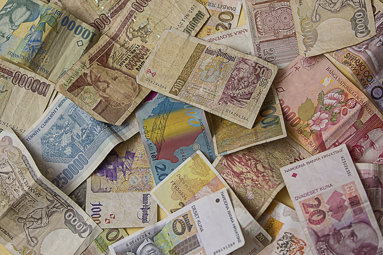 Money,dollar bill,currency,pay,cash and cash equivalents - free