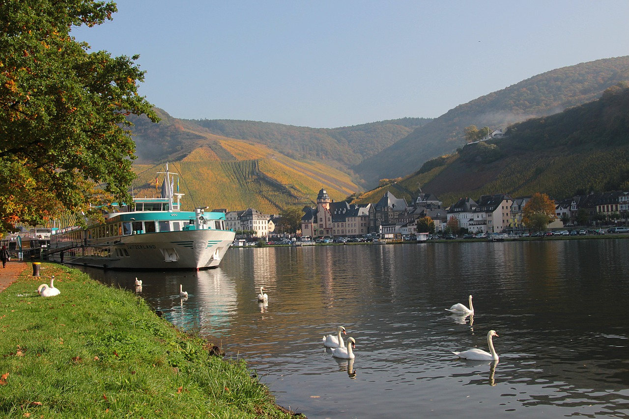 mosel river sachsen free photo