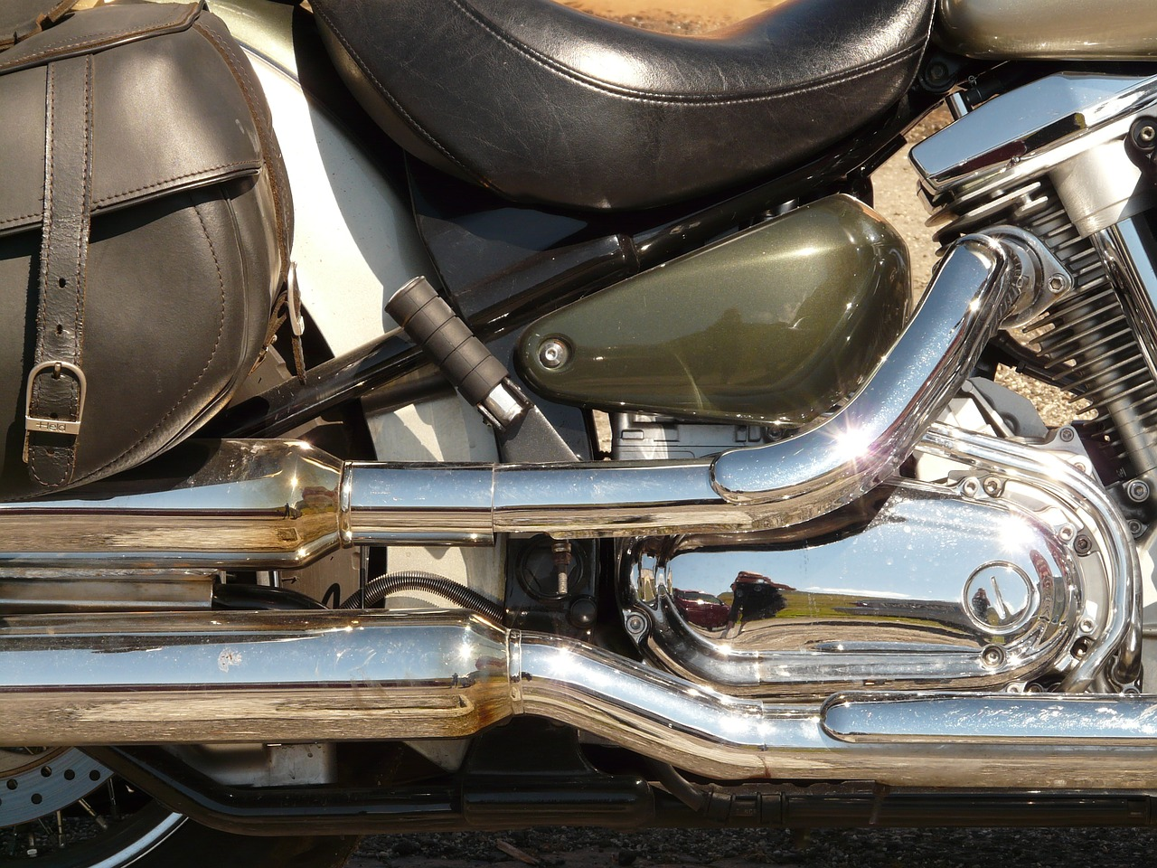 motorcycle exhaust chrome free picture
