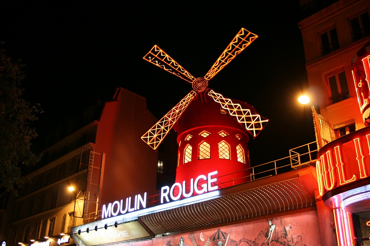 moulin rouge pigalle paris free photo