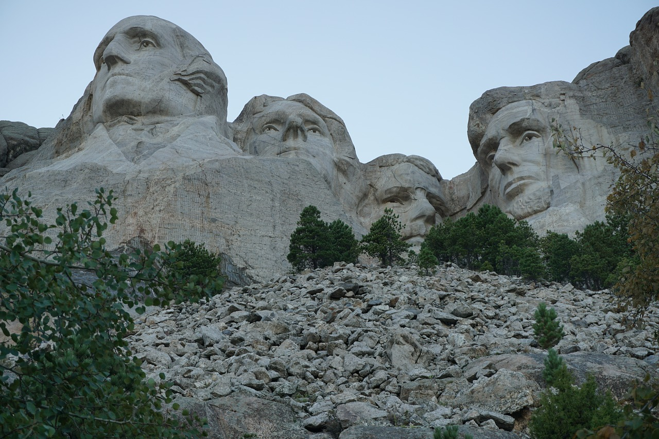 mount rushmore adventure mountain free photo