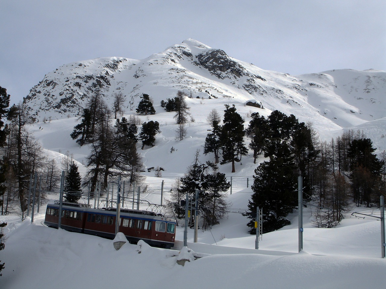 mountain cogwheel train switzerland free photo