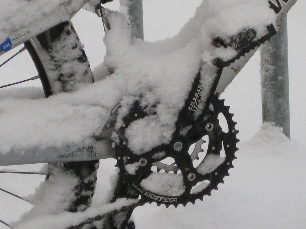mountain bike bike snowed in free photo