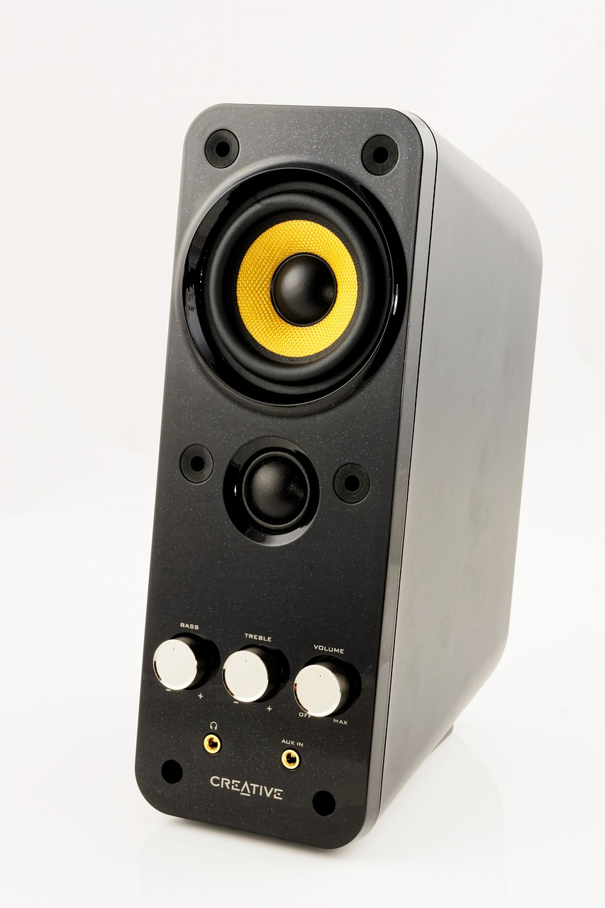 multimedia speakers pc speakers free photo