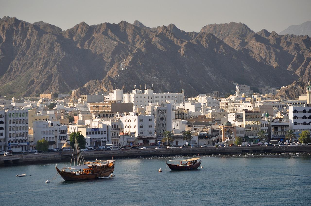 muscat oman harbor free photo