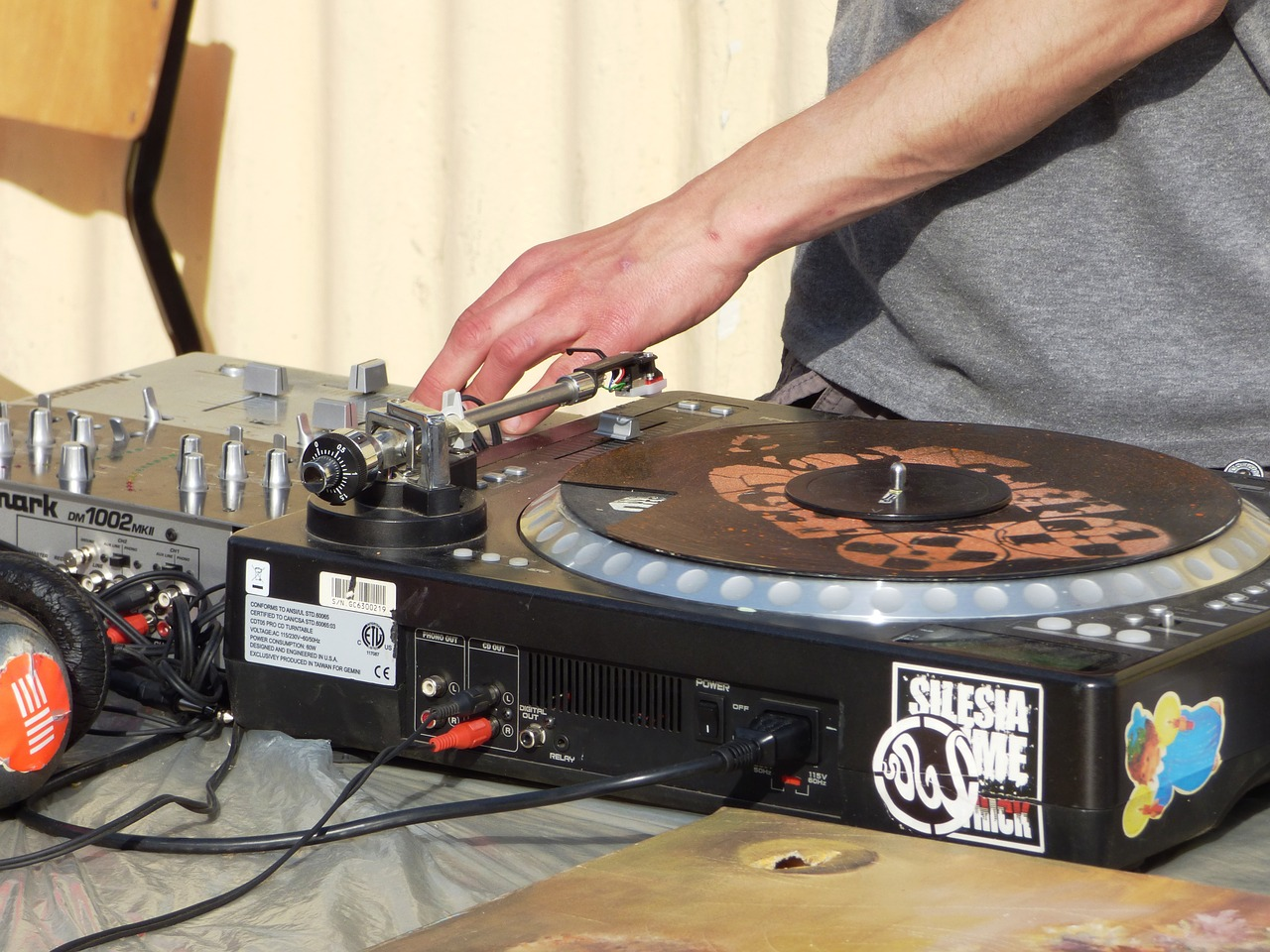 music motherboard turntable free photo
