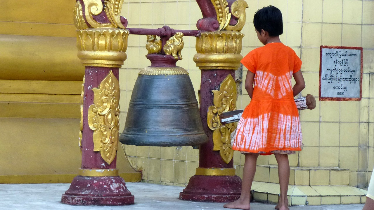 myanmar bell buddha free photo