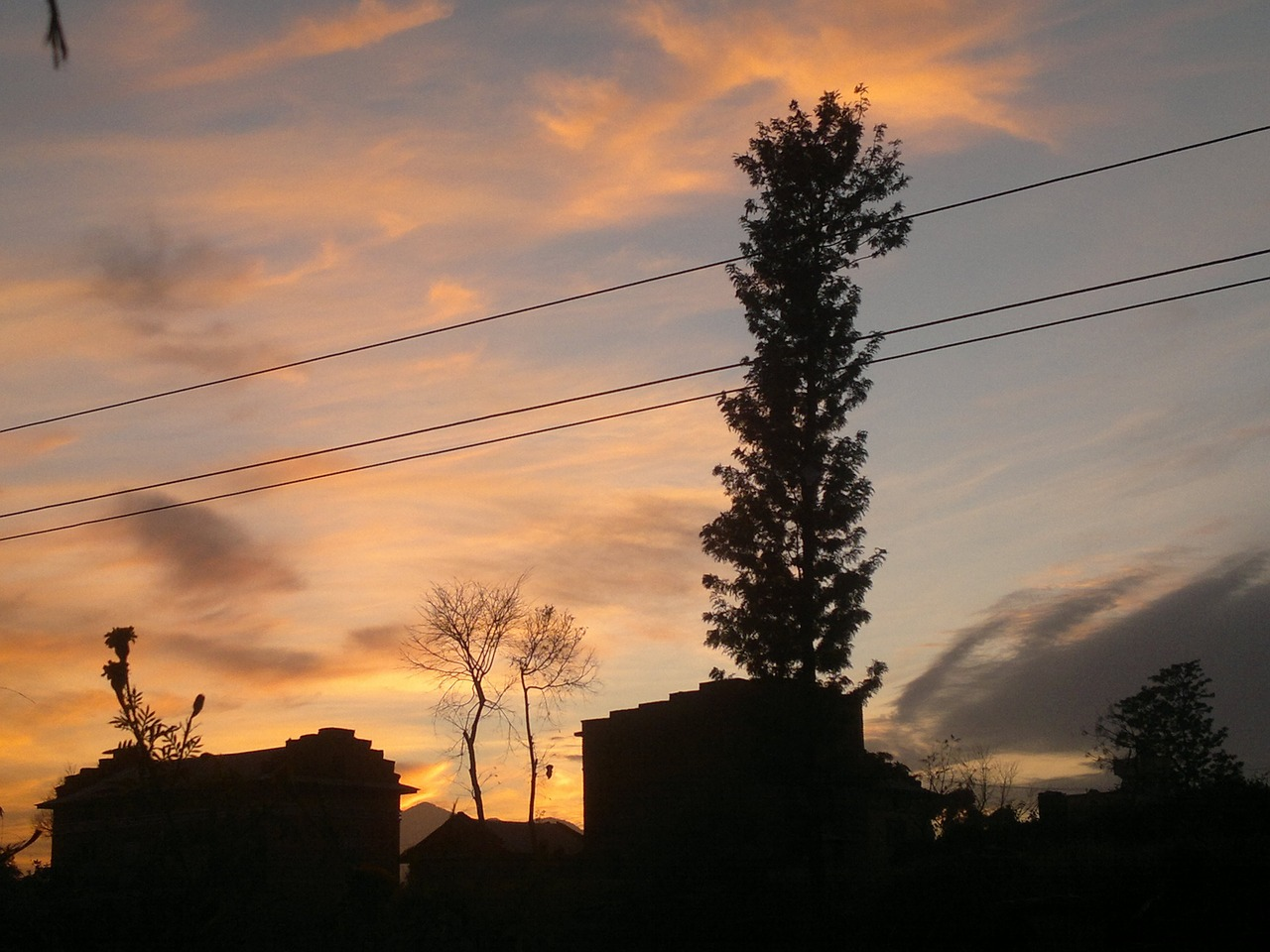 nepali's sky color free photo