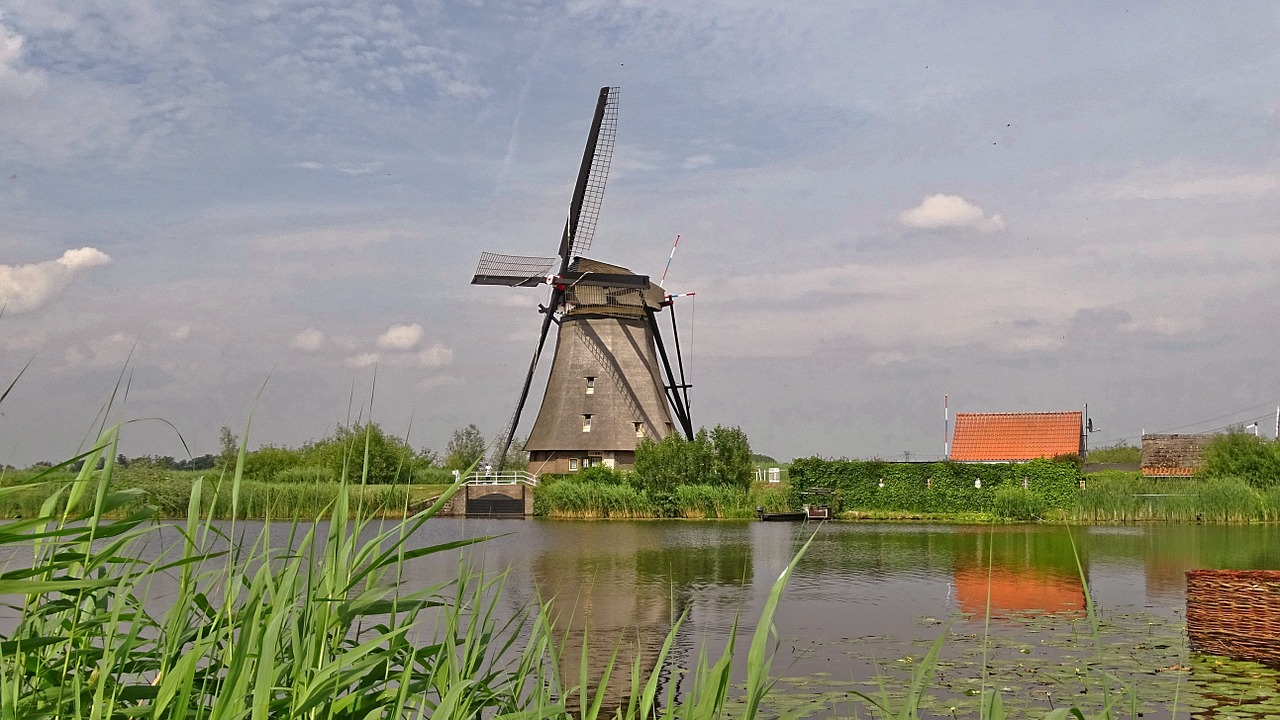 netherlands kinderdijk windmills free photo