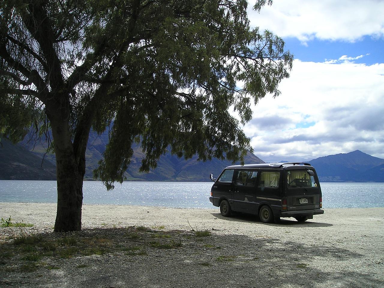 new zealand,south island,lake,vw,bus,travel,free pictures, free photos, free images, royalty free, free illustrations, public domain