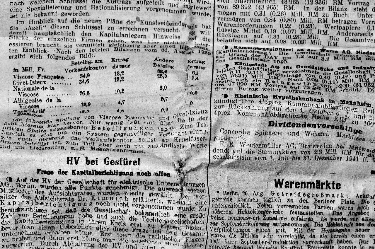 Newspaper,newsprint,daily newspaper,font,old script - free photo