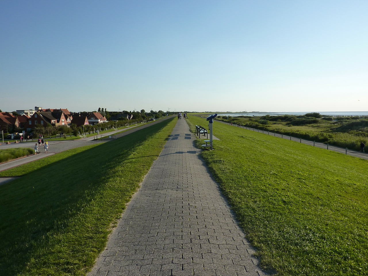 norddeich dunes road free photo