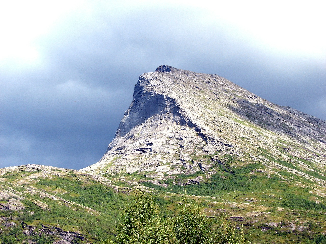 norway mountains formations free photo