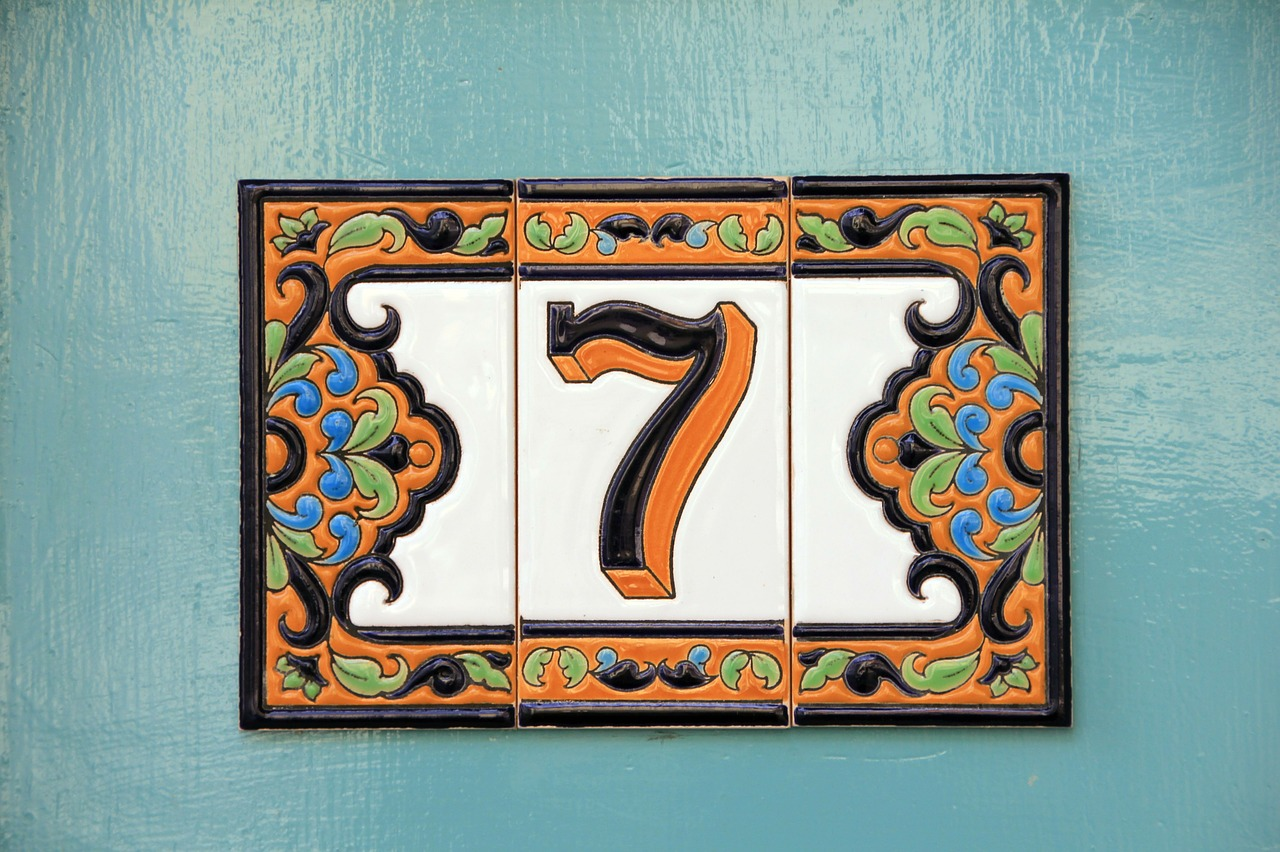 number seven house number free photo