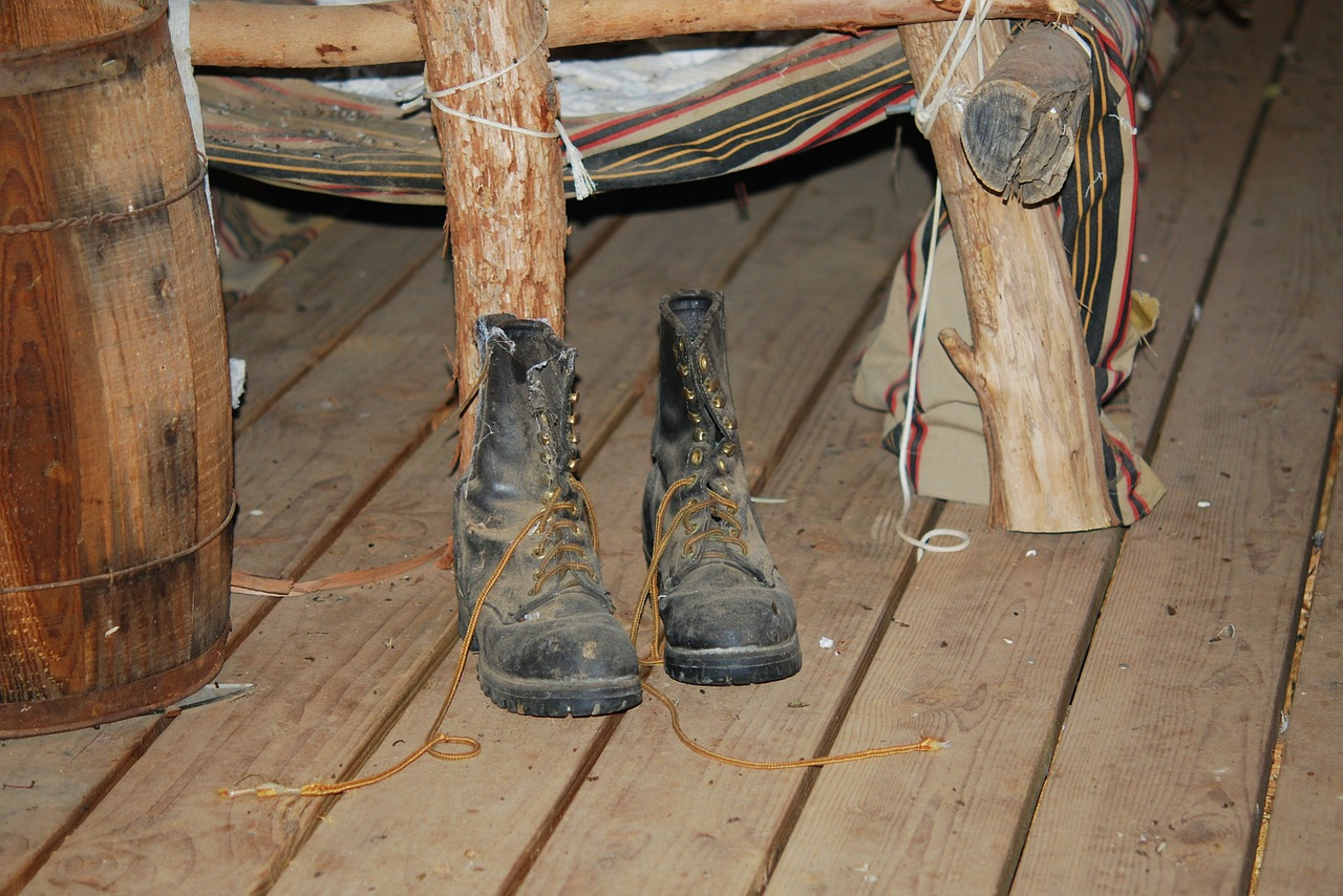 old boots worn out cabin free photo