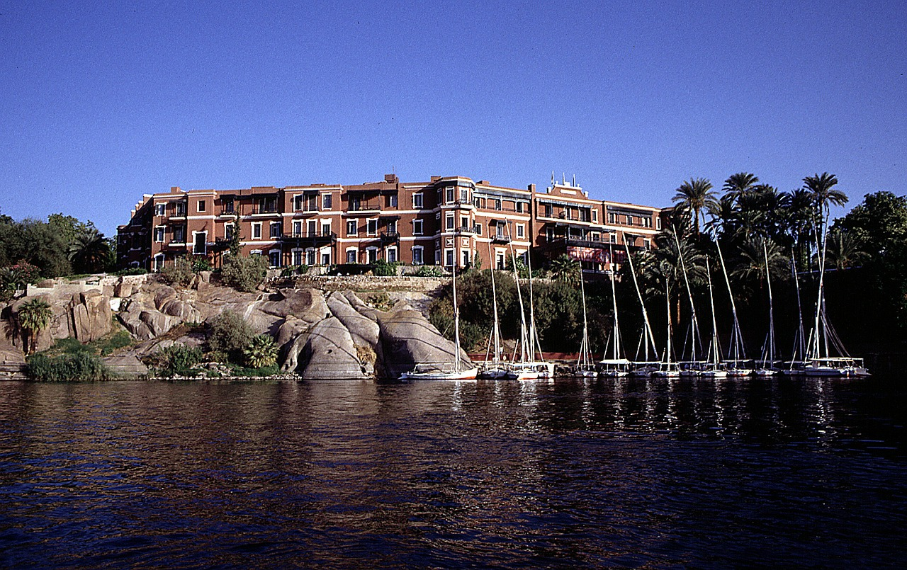 old cataract hotel nile egypt free photo