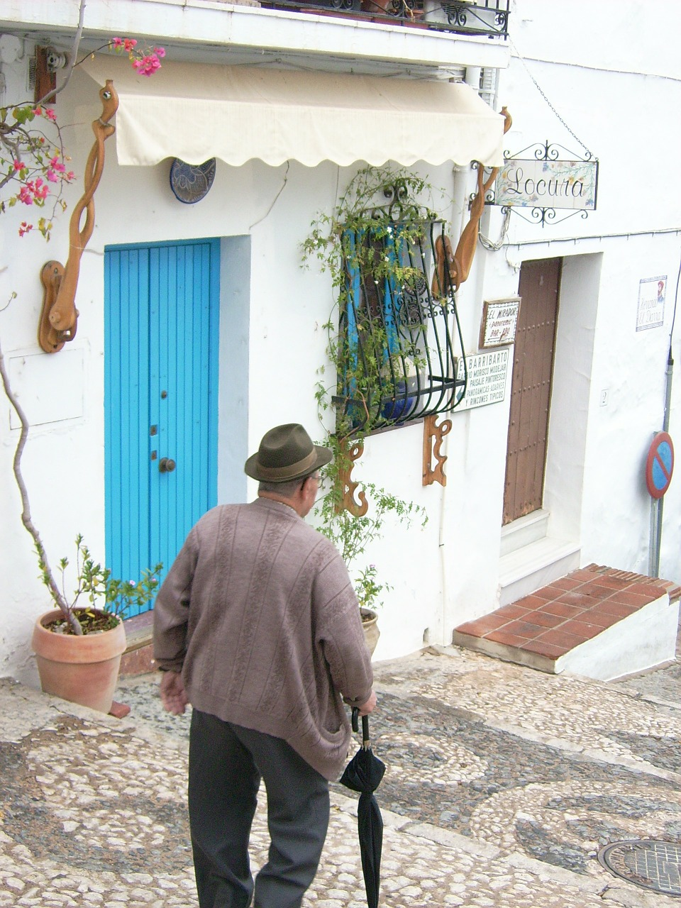 old man mediterranean human free photo