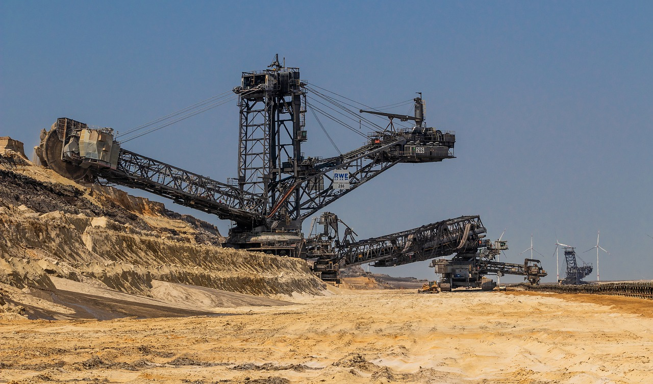 open pit mining  bucket wheel excavators  excavators free photo