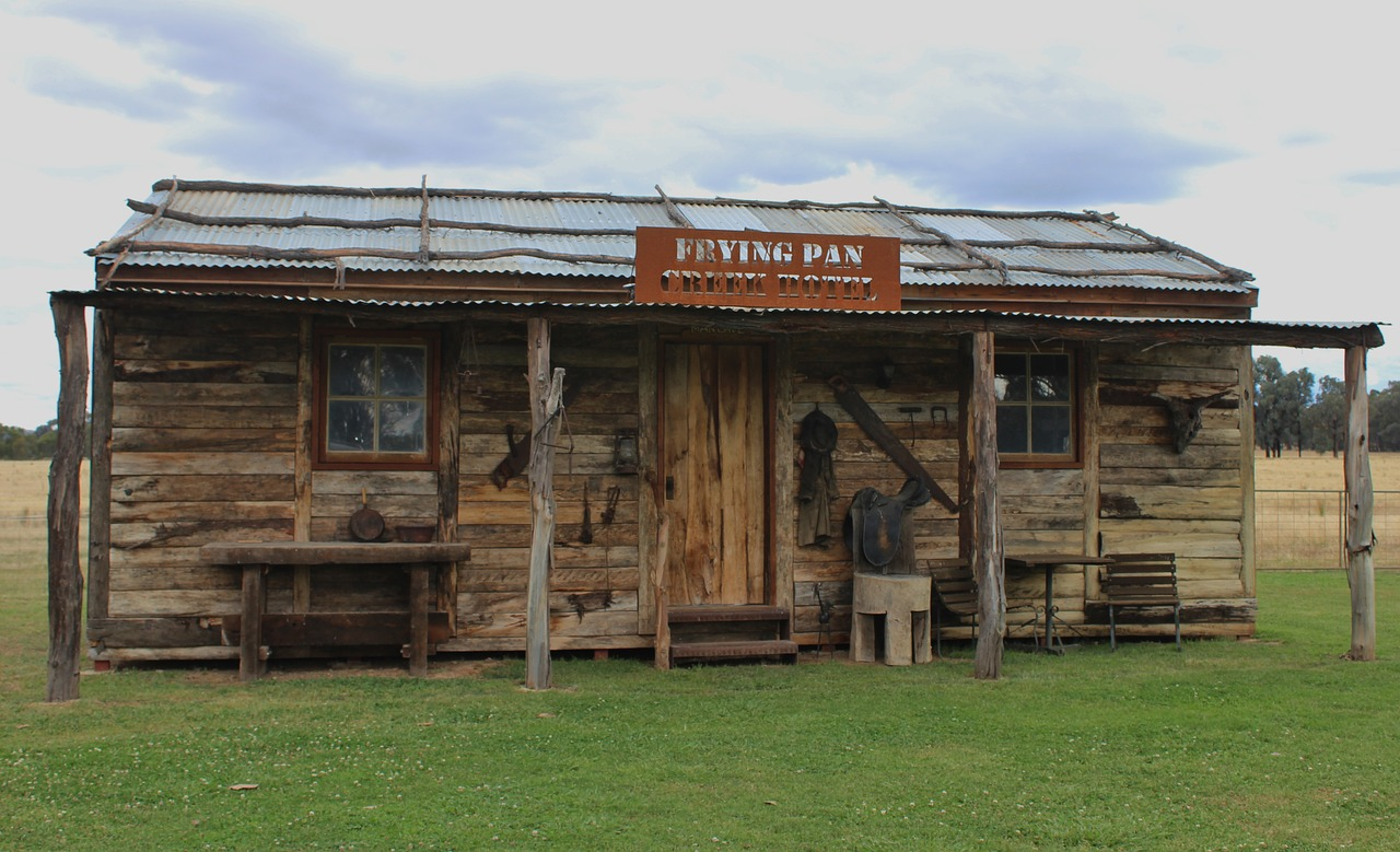outback shed man cave australia free photo