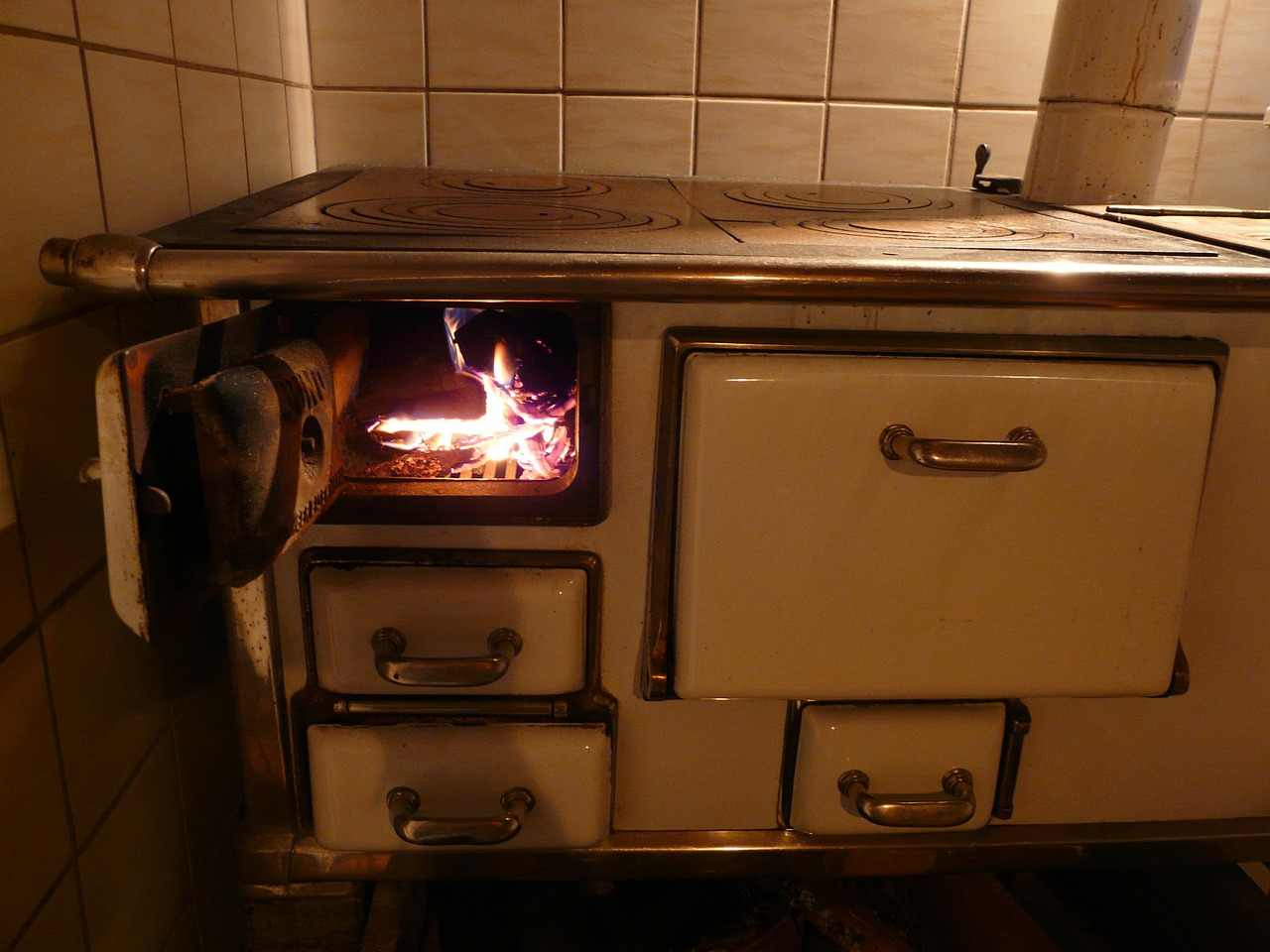 oven stove fire free photo