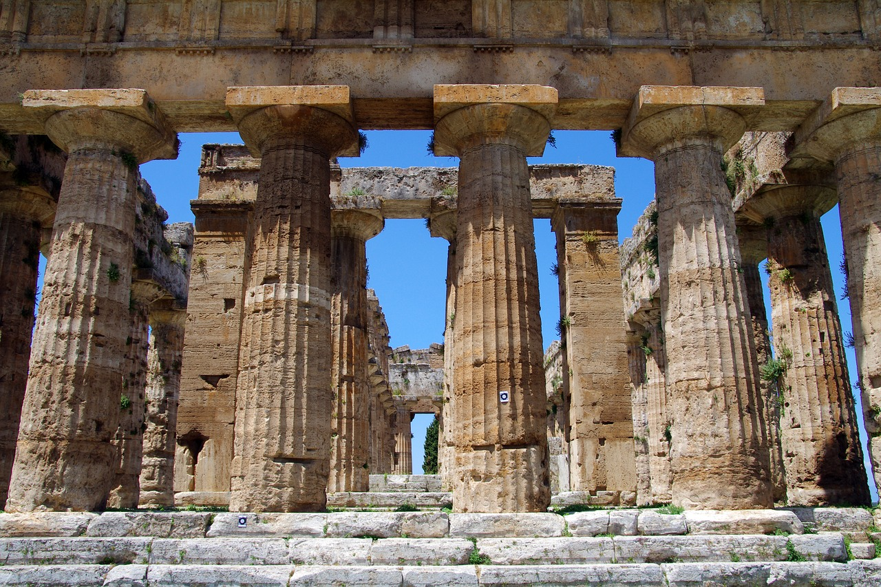 paestum salerno italy free photo