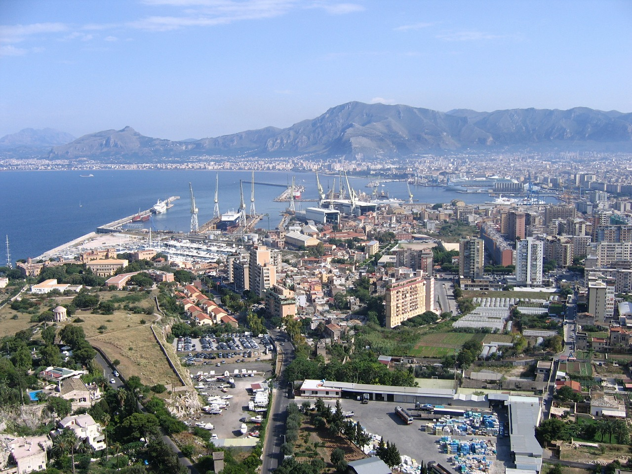palermo,sicily,porto,view,landscape,city,chief town,sea ​​medterranean,overview,sea,free pictures, free photos, free images, royalty free, free illustrations, public domain