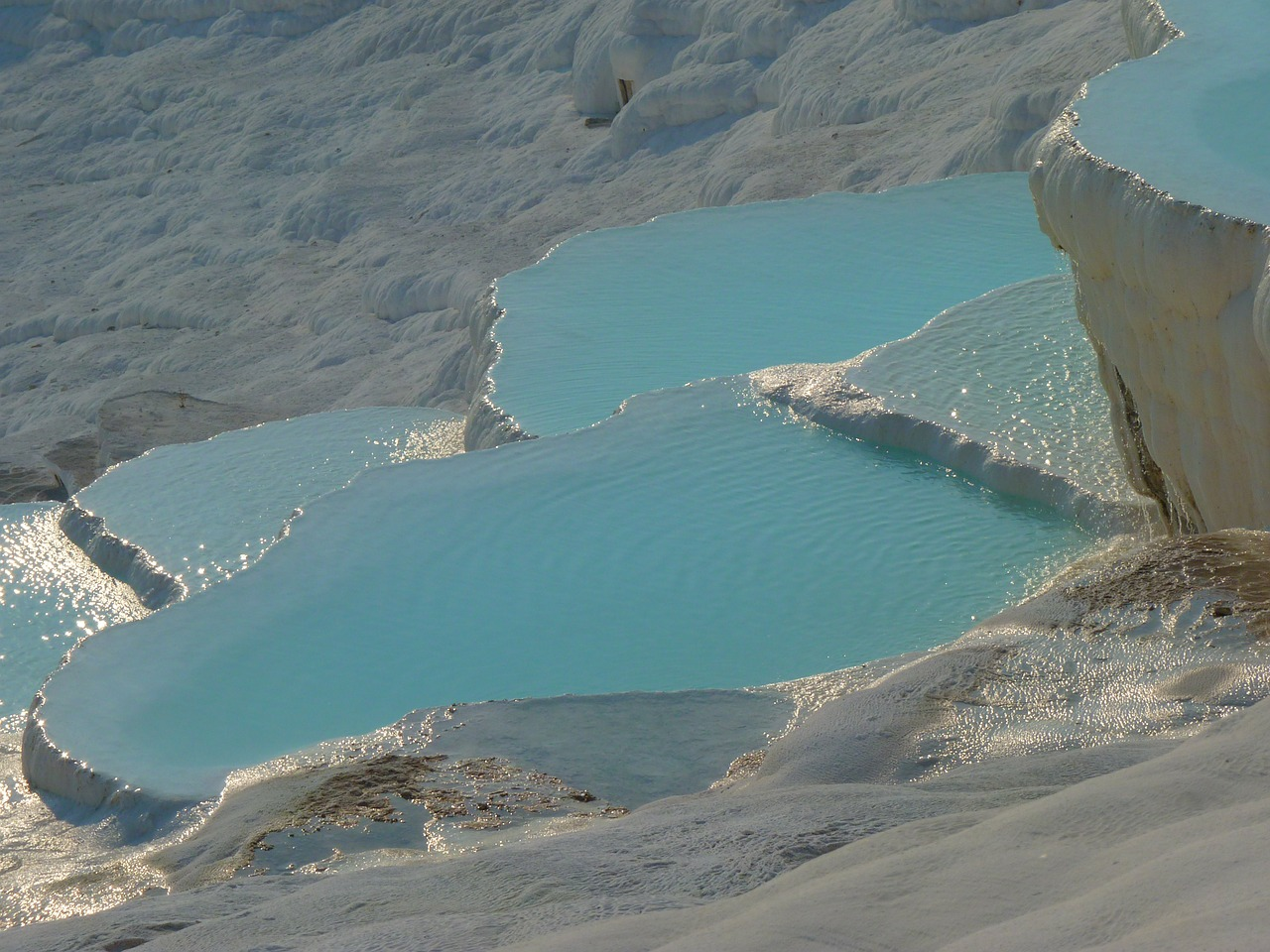 pamukkale lime sinter terrace calcium free picture