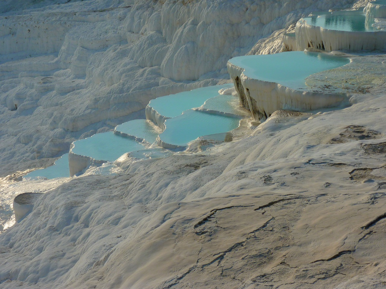 pamukkale lime sinter terrace calcium free photo