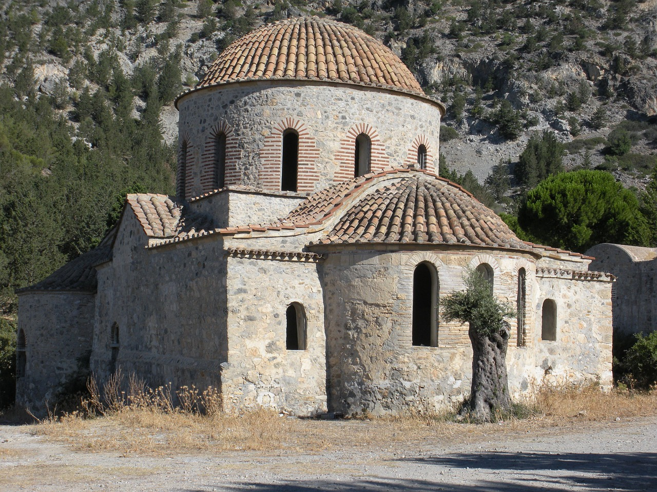 panagia apsinthiotissa cyprus church free photo