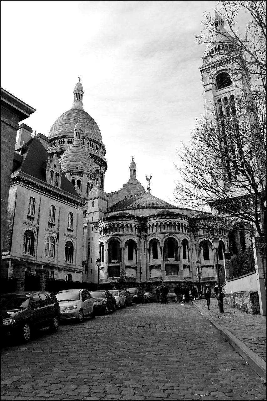 paris black white sacred heart free photo