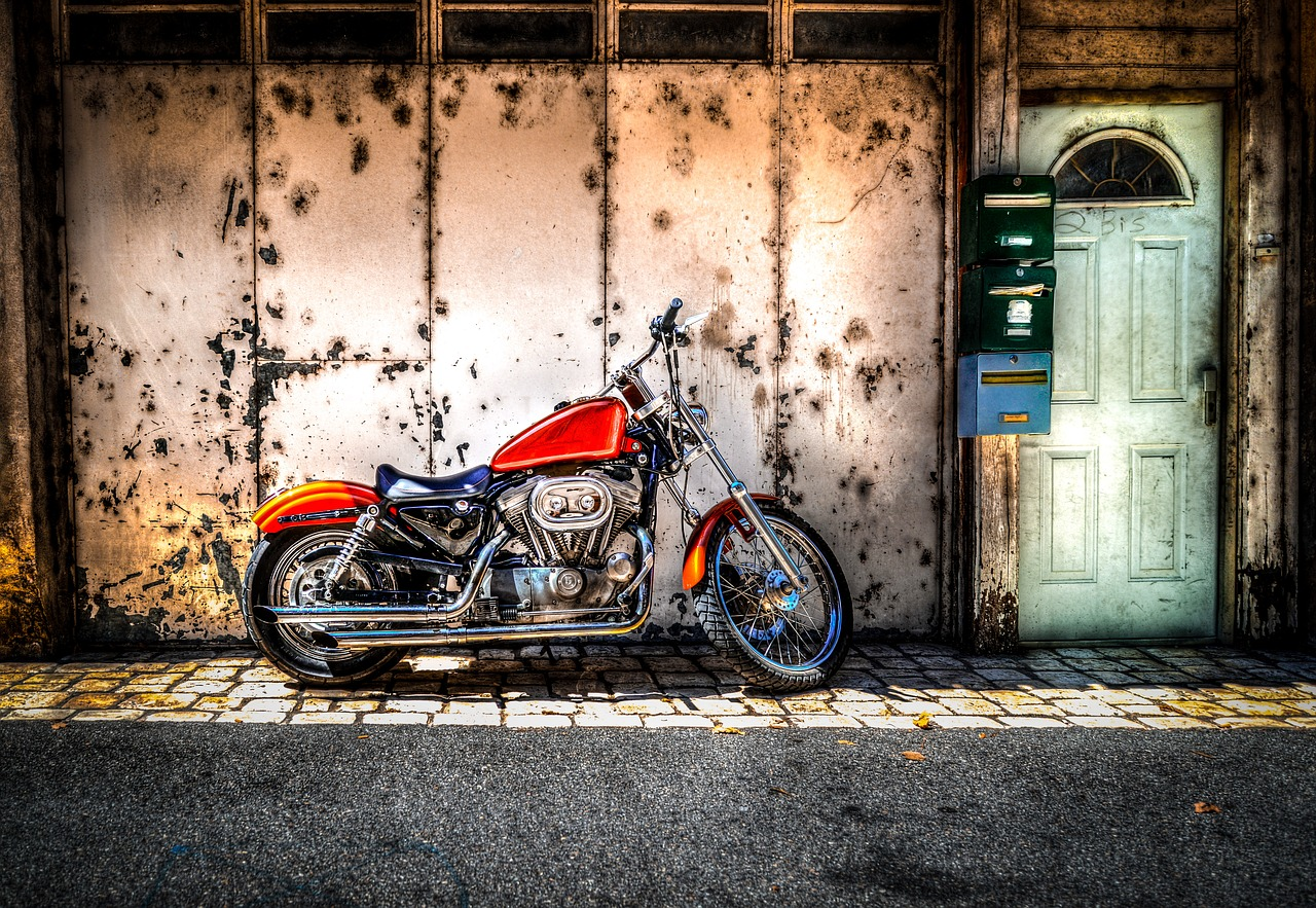 parked,motorcycle,motorbike,transport,vehicle,motor,transportation,travel,bike,street,road,city,urban,wheel,ride,classic,hdr,door,free pictures, free photos, free images, royalty free, free illustrations