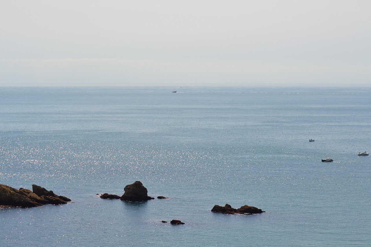 peaceful sea ocean free photo