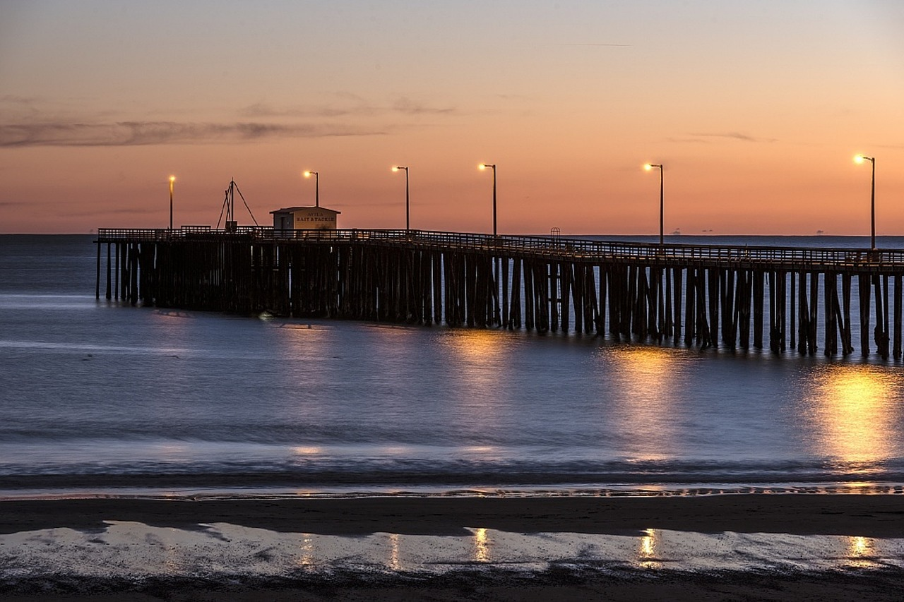 pier,ocean,beach,sea,water,sunset,sky,evening,seascape,jetty,scenic,wooden,peaceful,shore,outdoor,dock,coastline,pismo beach,california,usa,free pictures, free photos, free images, royalty free, free illustrations