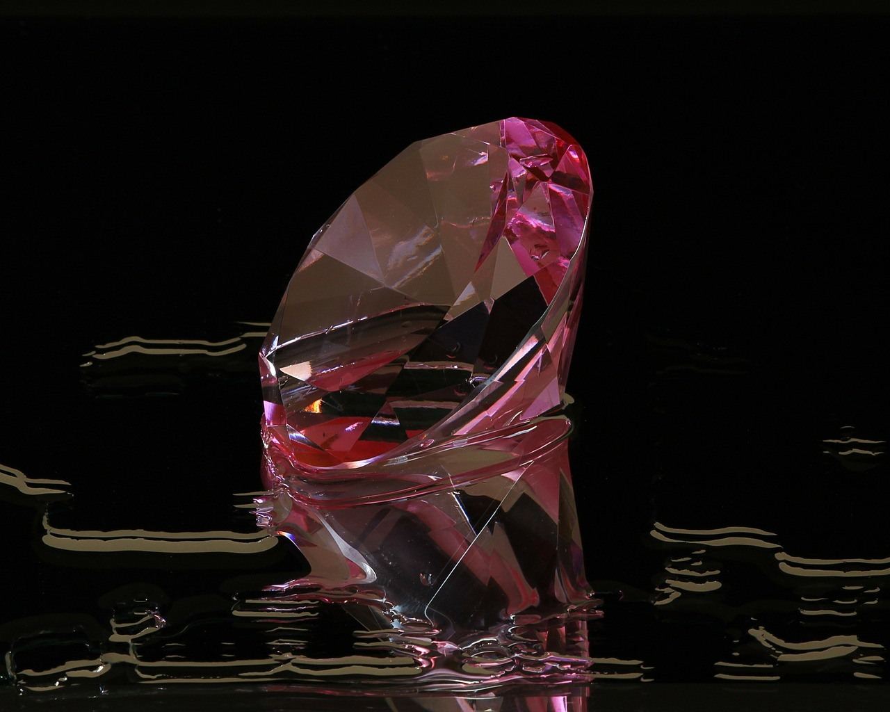 pink diamond round cut gem free photo