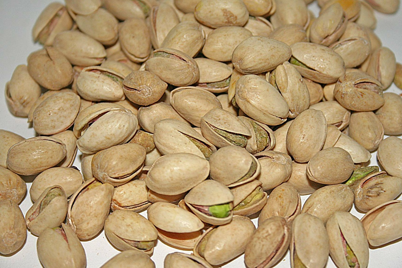 pistachios nuts cores free photo