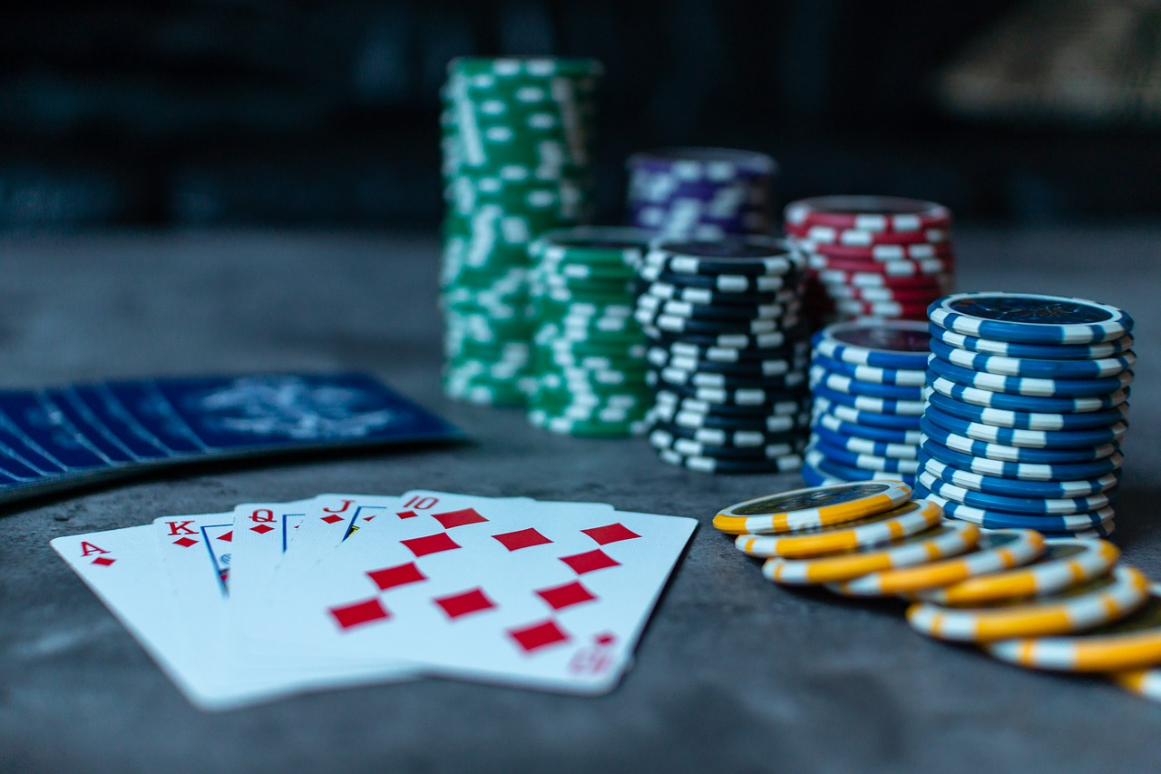poker  poker chips  cards free photo