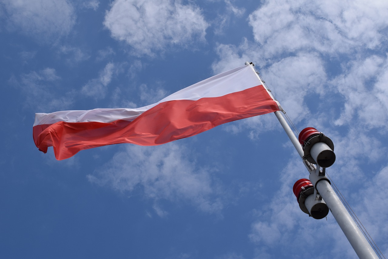 poland,flag,banner,polish,country,nation,patriotic,free pictures, free photos, free images, royalty free, free illustrations