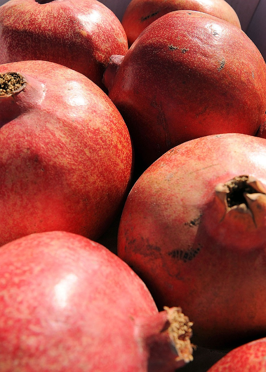 pomegranates ripe fresh free photo
