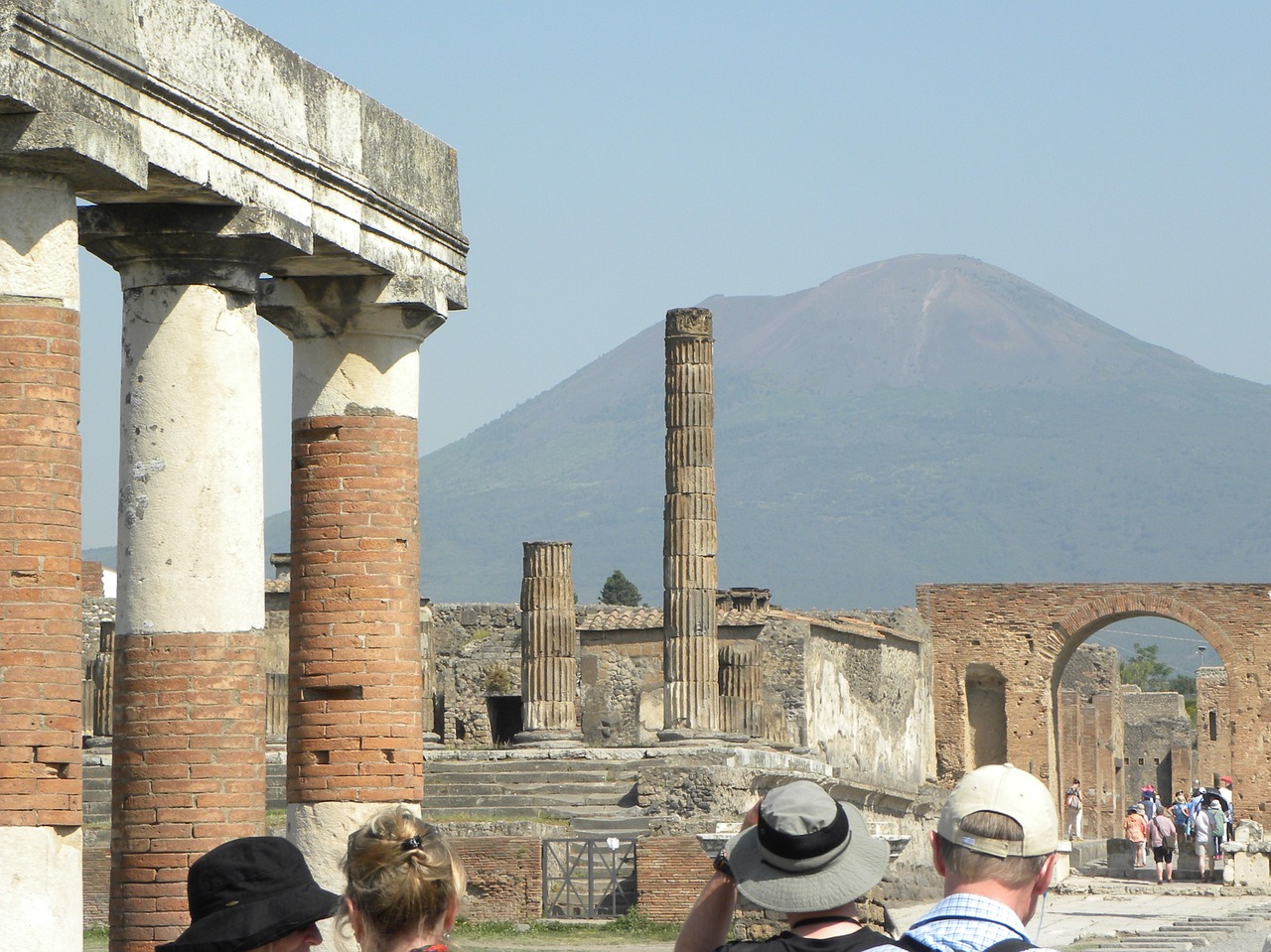 pompeii vesuvius italy free photo