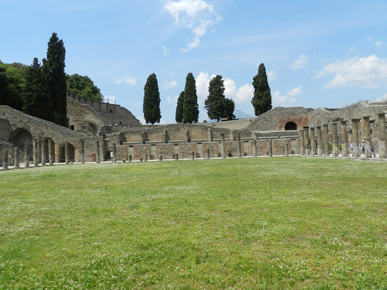 pompeii italy city free photo