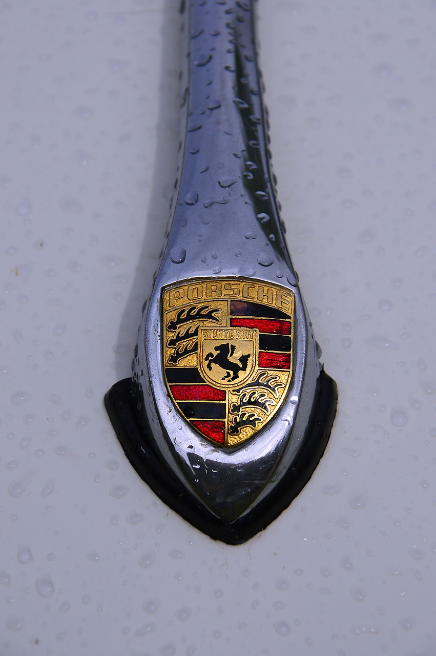 porsche logo old free photo