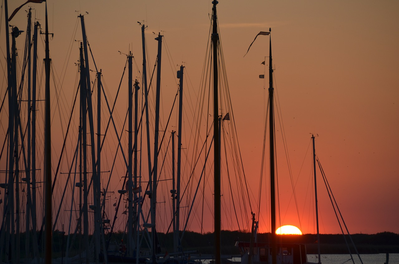 port sunset ships free photo