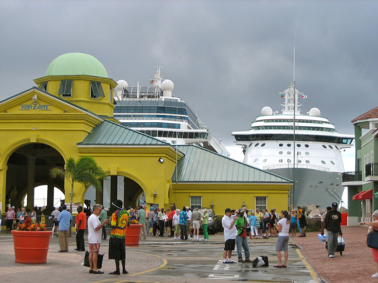 port st kitts cruise free photo