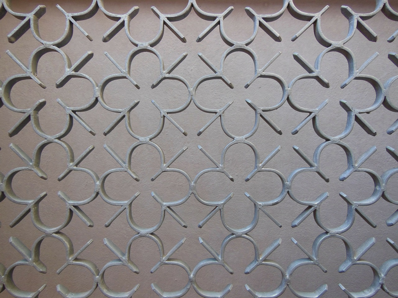 port grille iron detail free photo