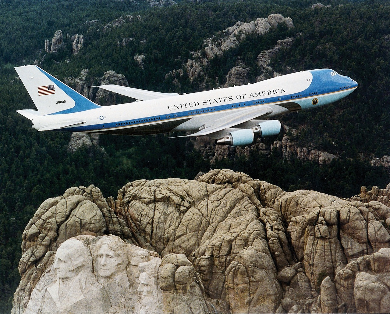 president machine aircraft air force one free photo