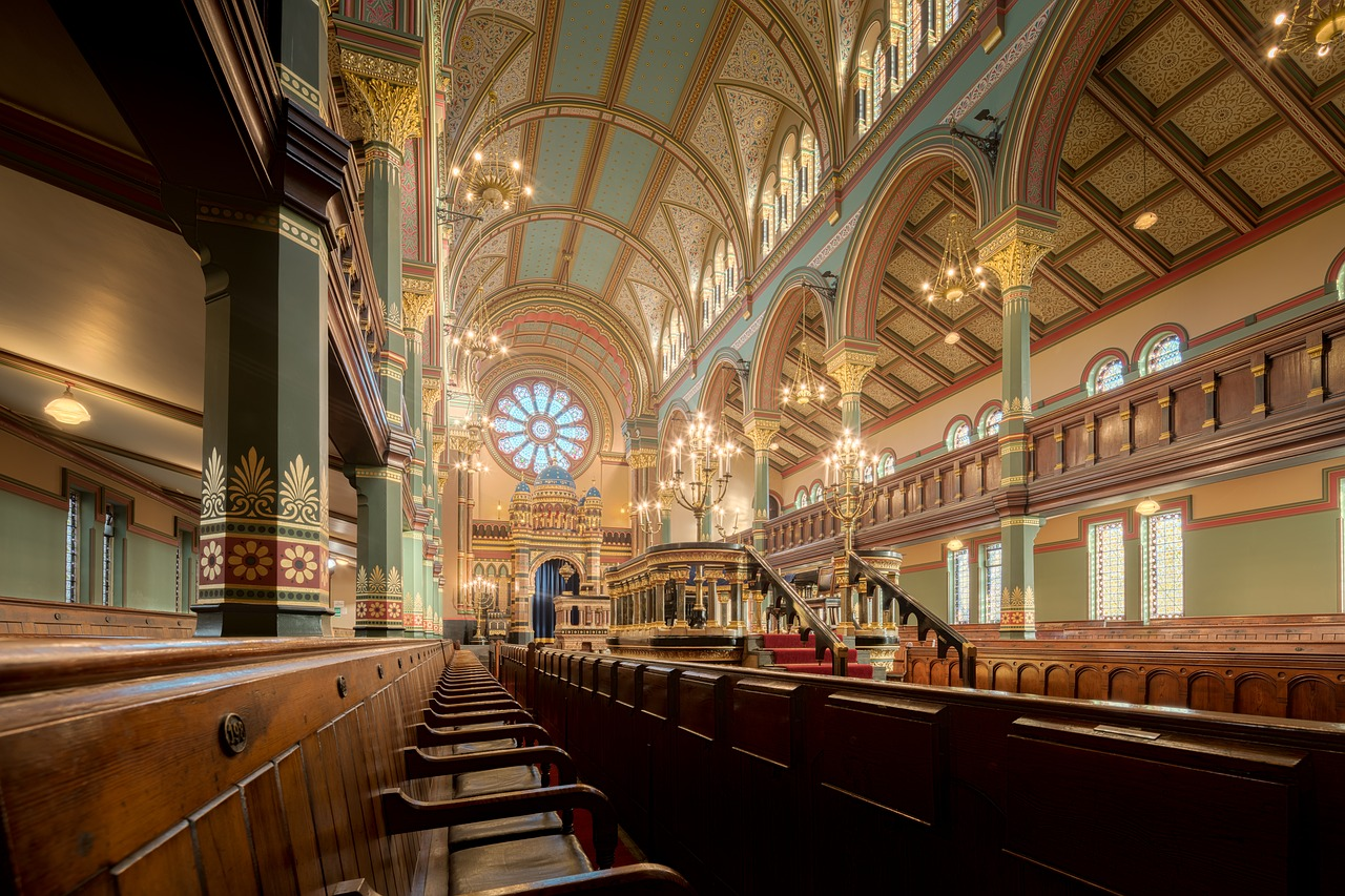princes road synagogue  princes  road free photo