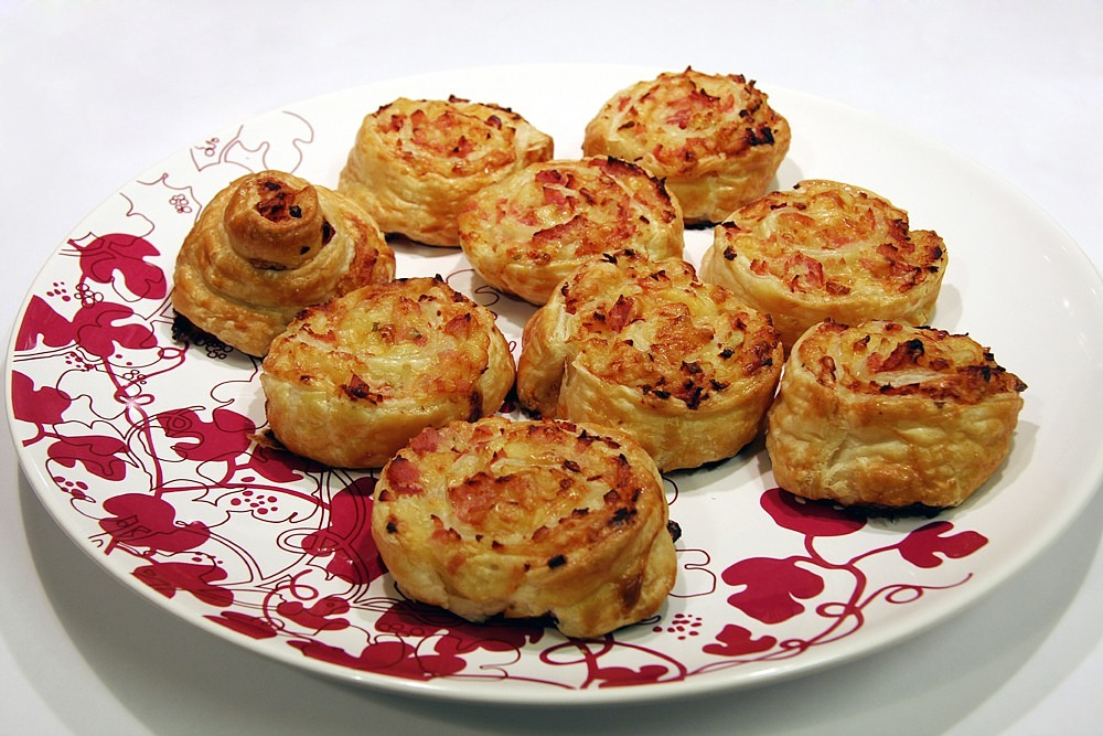 puff pastry snack puff pastry appetizers free photo