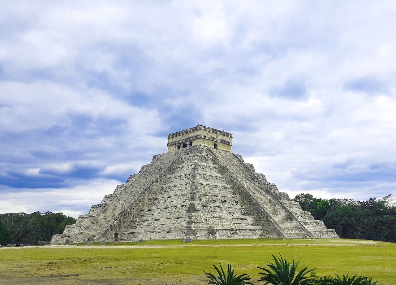 pyramid, travel, architecture, tourism, old, chichen itza, cancun, maya, mexico, archeological site, pyramid in mexico, pyramid of chichen itza, piramide maya,free pictures, free photos, free images, royalty free, free illustrations, public domain
